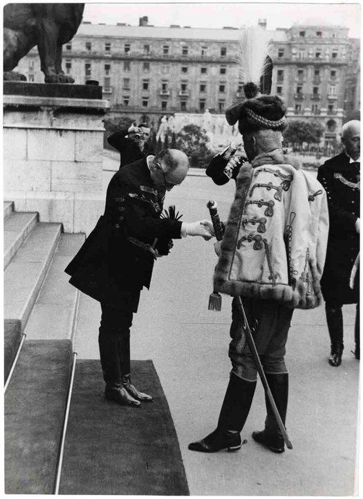 Fotó: Escher Károly: Gróf Teleki Pál és József főherceg, 1939–1940 <br />HUNGART © 2020<br />A fotót a Magyar Fotográfiai Múzeum gyűjteményében őrzik.