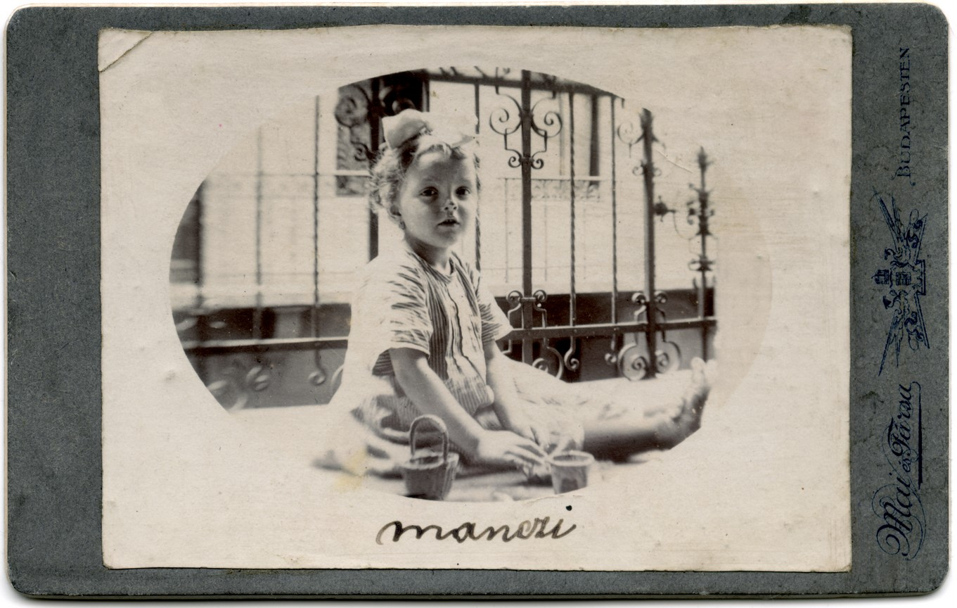 Fotó: Mai Manó: Manczi, 1910 k. © Magyar Fotográfiai Múzeum