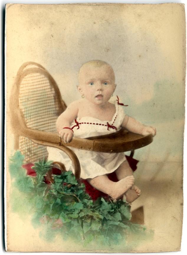 Fotó: Mai Manó: Színezett gyerekfotó © Magyar Fotográfiai Múzeum