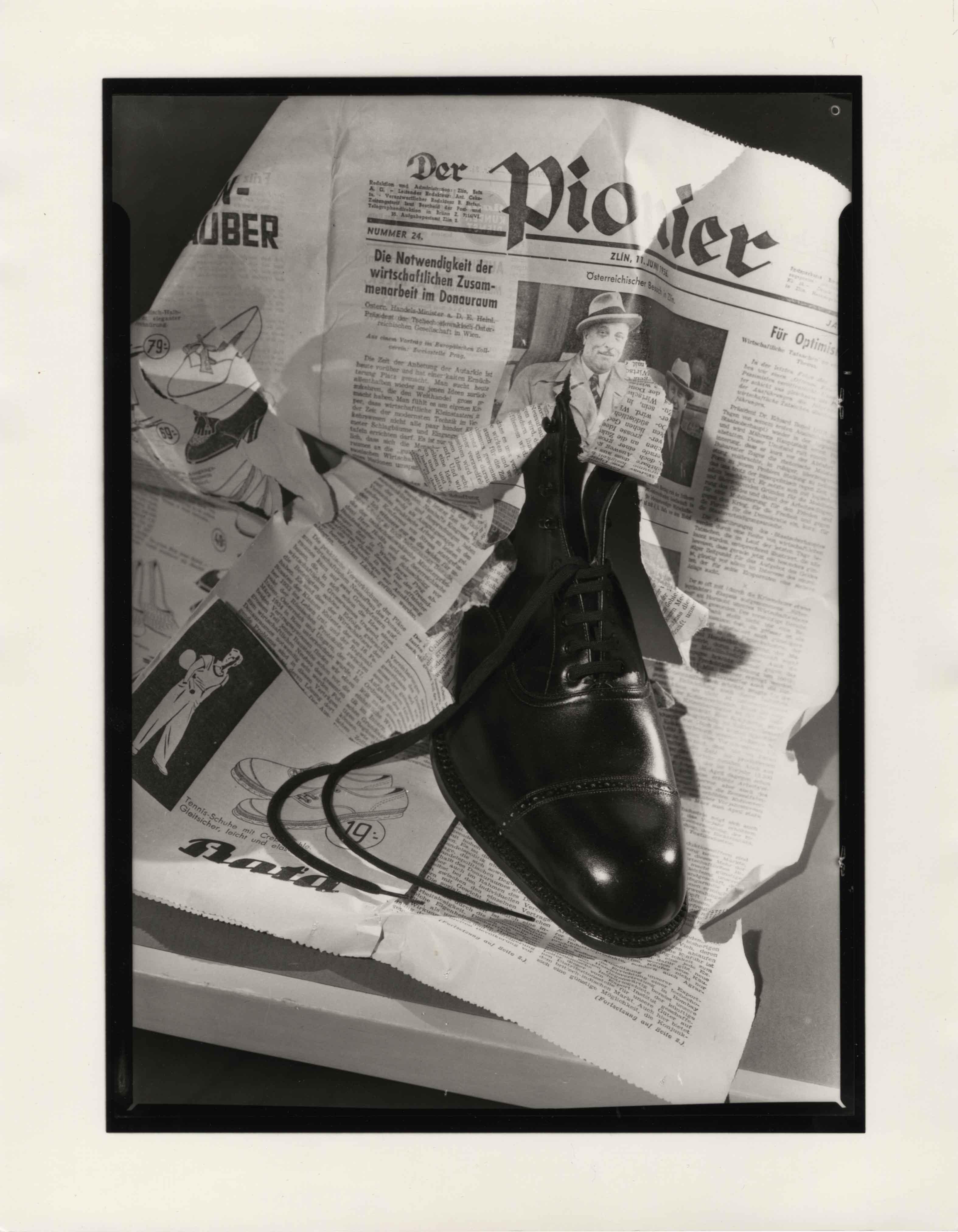 Fotó: Pécsi József: BATA cipőreklám, 1936 © Magyar Fotográfiai Múzeum