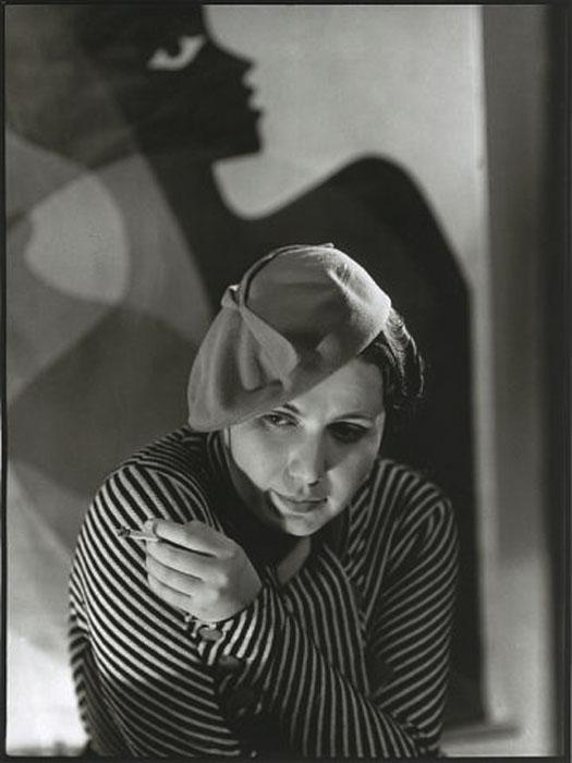 Fotó: Pécsi József: Rozi sapkában, 1938 © Magyar Fotográfiai Múzeum