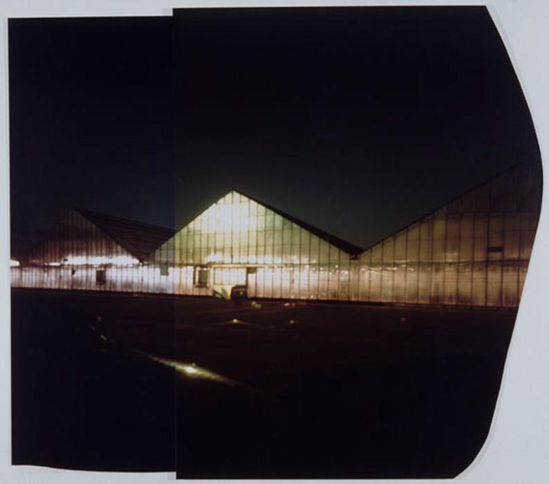 Fotó: Ősz Gábor: Permanent Daylight, No. 8. (23–27. Jan., 2004.) Exp. time: 3 nights (5 p.m.–8 a.m.) – Caravan as camera, Cibachrome, Camera obscura, 145 x 156 cm, mounted on plexy glass © Ősz Gábor<br /><br />2010-ben Ősz Gábor Állandó napfény (Permanent Daylight) című munkája nyerte a Paris Photo nagydíját.