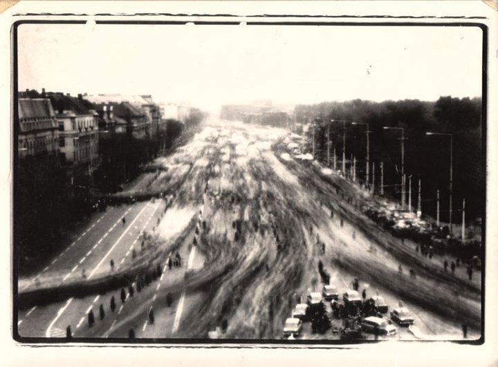 Fotó: Kerekes Gábor: 1984. május 1./May Day, Felvonulási tér/Felvonulási Square, Budapest, (camera obscura) © Magyar Fotográfiai Múzeum