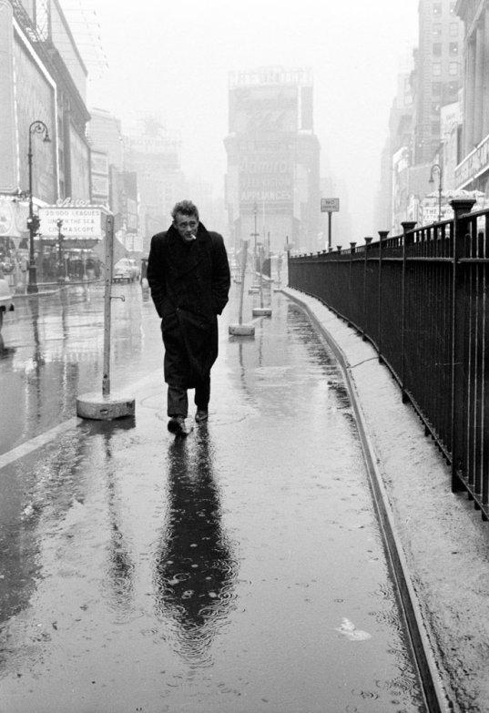 Fotó: Dennis Stock: James Dean [1955. március 7.]  © Magnum Photos