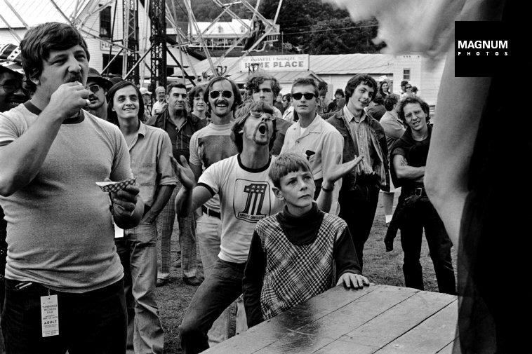 Fotó: Susan Meiselas: Tunbridge, Vermont. Délutáni kedvcsináló, 1974 © Susan Meiselas/Magnum Photos
