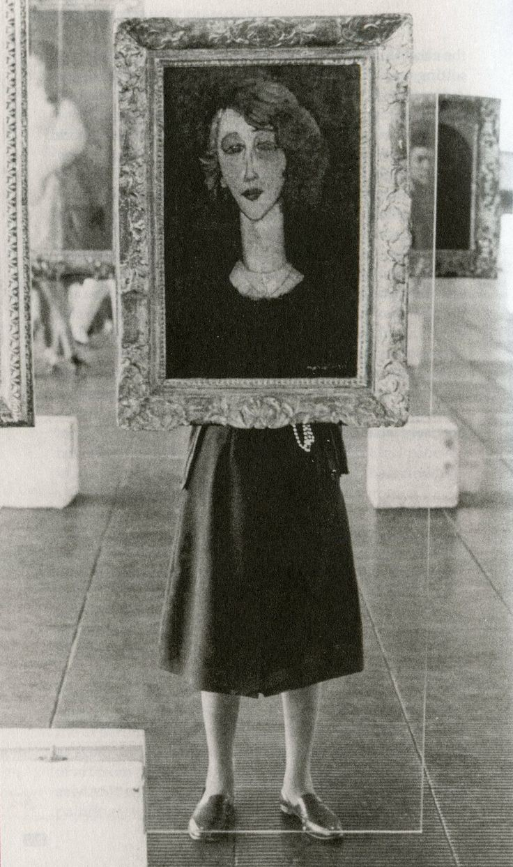 lina-bo-bardi-1957-8-sc3a3o-paolo-museum-of-art-e28094-behind-one-of-her-innovative-glass-painting-stands-displaying-modigliani_s-renc3a9e-1917-from-the-museum_s-collection.jpg