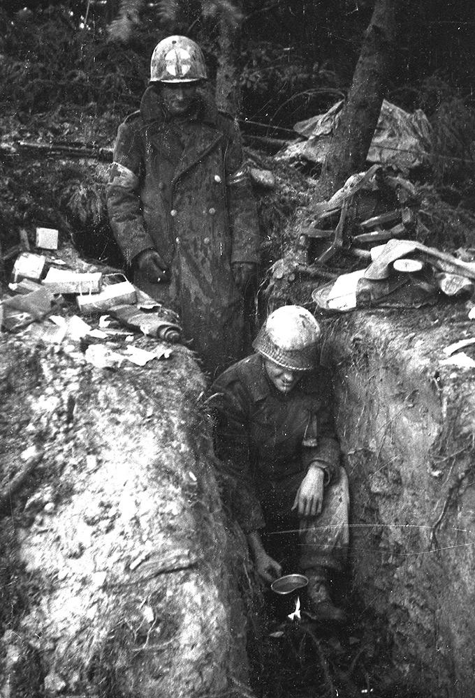 03_kave_keszitese_a_hurtgen-erdoben_nemetorszag_1944_december.jpg