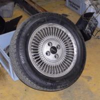Egyedi Delorean felni. / Unique Delorean wheels