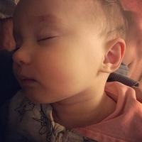 Már kilenc hónapos Bárdosi Sanyi kislánya...