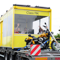 MÉDIA-TÖRTÉNELEM!!! - Mozgó 'Morning Show' a Class FM-en...