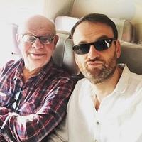 Édesapjával nyaral Nánási Pál...