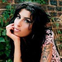 TRAGÉDIA!!! - Meghalt Amy Winehouse...