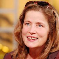 MEGGONDOLATLANSÁG??? - 53 évesen lesz édesanya az egykori sorozat-sztár...