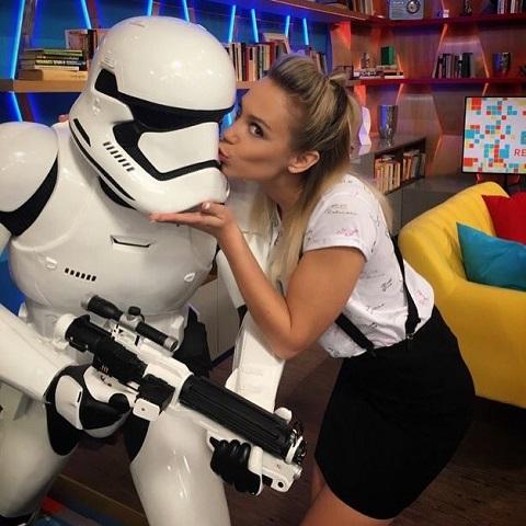 kiss_ramona_puszija.jpg