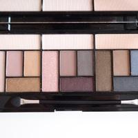 Teszt - Revolution Pro Looks Palette Stripped&Bare