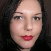 Bloggerinák: Eszti, azaz evil-she-devil