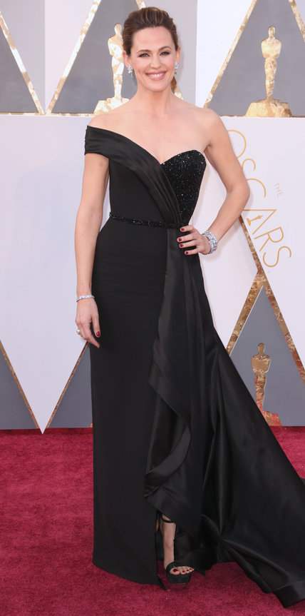 Jennifer Garner - Ruha: Atelier Versace l Ékszer: Neil Lane