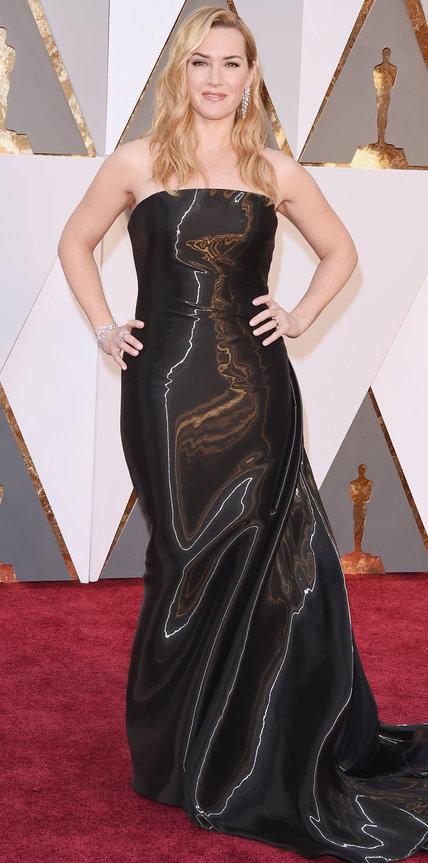 Kate Winslet - Ruha: Ralph Lauren.