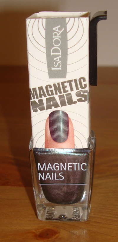 IsaDora_Magnetic_Nails_Northern_Light_5.JPG
