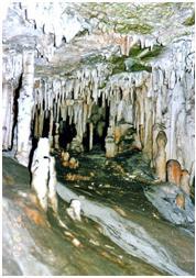 Mallorcai Cuevas de Drach, vagyis a  'Sárkánybarlang'