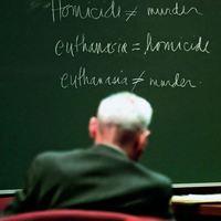 Eutanázia: Könyörület? Megértés? Gyilkosság?