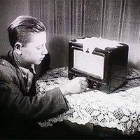 Garai elvtársnő ötletel: rádiót a parasztnak!