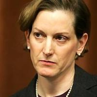 Ezért nem állok szóba magyarokkal – Anne Applebaum a Mandinernek