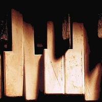 Ököllel a zongorát (Op. 2. Nr. 2., fortissimo)