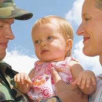 Hallgatói szerződés: lányok, szüljetek; fiúk, menjetek katonának!