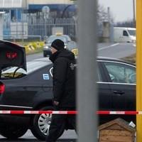 Újra taxisháború Ferihegyen – Ilyen ország pedig nincs CCLIV.