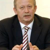Polhumor-díj Kuncze Gábornak - Ilyen ország pedig nincs LXX.