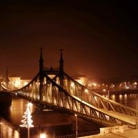 Híd a sötétben - Ilyen ország pedig nincs CXXX.