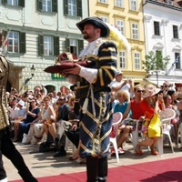 A Szent Korona Szlovákiában: Pozsony megtalált múltja