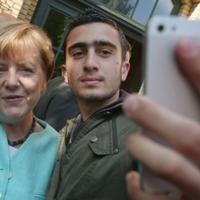 Migráció: mikor jöhet Merkelék hátraarca?