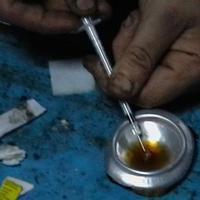 A devizahitelesek a nemzet heroinistái?