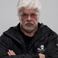 Paul Watson: Ökoterrorista kalóz, vagy öntörvényű hős?