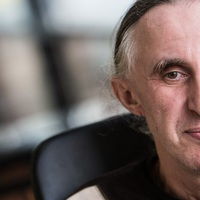 Kömlődi Ferenc: Ne a gépi értelemtől, az emberi butaságtól féljünk!