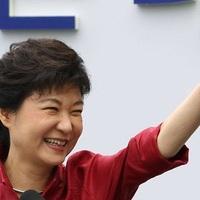 Révbe érhet Dél-Korea Thatcher-je