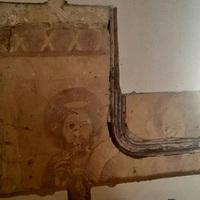 Az ősi falkép találkozása a romániai gánnyal