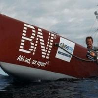 Jel nélkül az óceánon, avagy a Rakonczay-optimizmus
