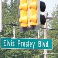 Akkor hatkor az Elvisen!