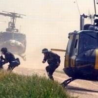 Hadkötelesség és helikopterek: mindenki a hadsereg ellen