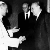 Egyházüldözés és behódolás a kommunista diktatúrában