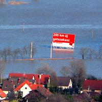 Óriásgát kéne ide, vagy napalm - a magyarországi árvízhelyzetről