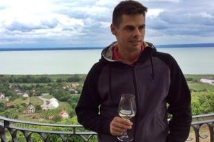 Laposa Bence: A bor arra szolgál, hogy élményt adjon