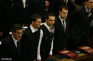 Mi lesz veled, Magyar Gárda? Orbán vs. Vona