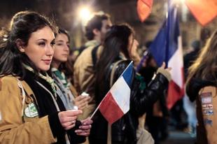 Virrasztás a francia demokráciáért?