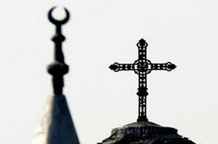 Behódolás, iszlám, kereszténység, liberalizmus − miért is hanyatlik Európa?