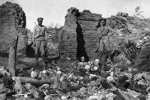Menetelés a megsemmisülésbe − Száz éve kezdődött az örmény népirtás
