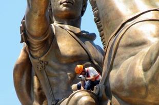 Őrületes szoborburjánzás – mi folyik Skopjéban?